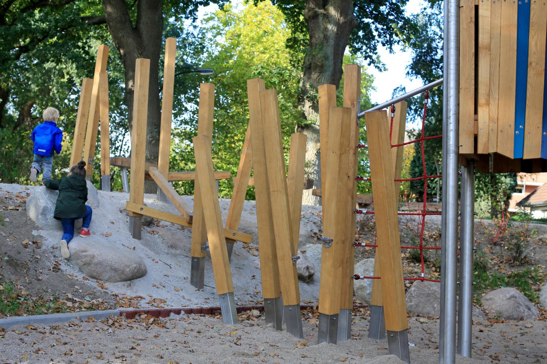 Naumann_Landschaft_Spielplatz_Duvenacker_07 Naumann – Landschaft