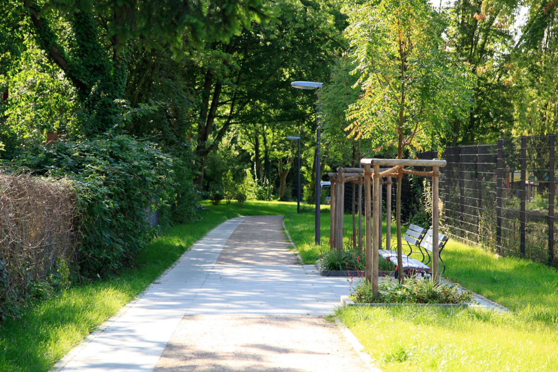 Naumann_Landschaft_Spielplatz_Eidelstedter_Weg_19 Naumann – Landschaft