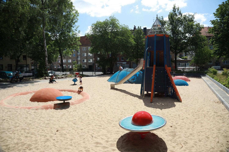 Naumann-Landschaft-Spielplatz-Am-Irrgarten-Flaeche Naumann – Landschaft