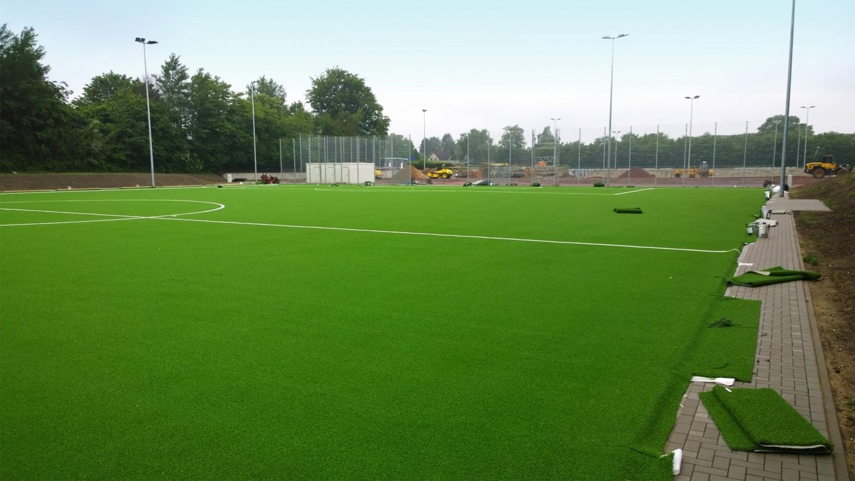 Naumann-Landschaft-Sportplatz-Moellner-Landstrasse-Kunstrasen Naumann – Landschaft