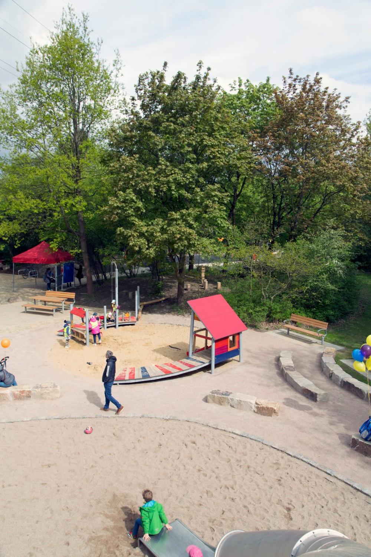 Naumann-Landschaft-Spielplatz-Im-Wiesengrund-16 Naumann – Landschaft