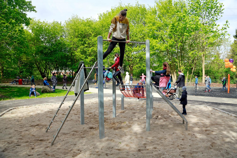 Naumann-Landschaft-Spielplatz-Im-Wiesengrund-20-k Naumann – Landschaft