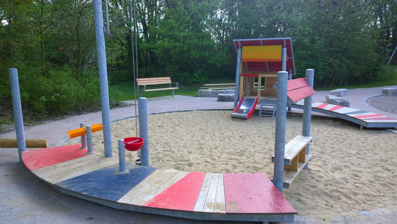 Naumann-Landschaft-Spielplatz-Im-Wiesengrund-24 Naumann – Landschaft